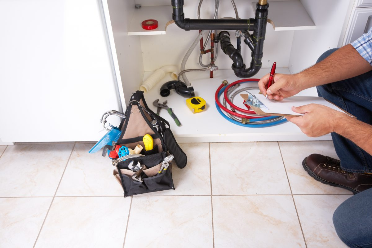How Do I Know When It Is Time To Call A Local Plumber?