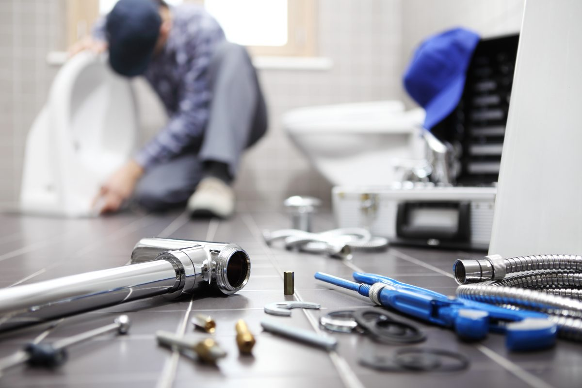 The Importance of Hiring an Insured and Licensed Plumber
